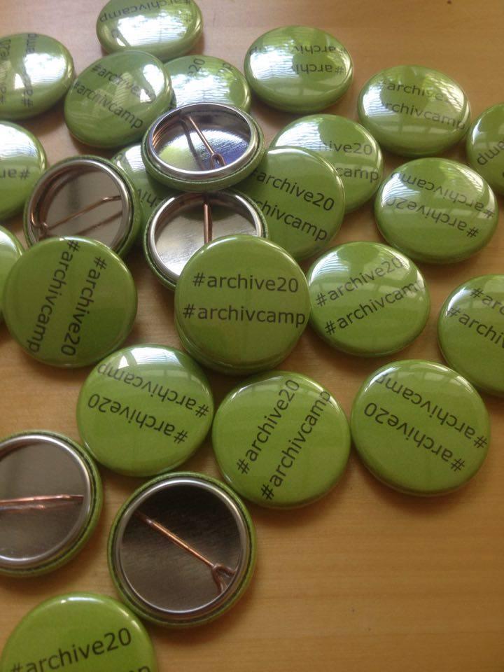 Buttons #archive20 und #archivcamp gefällig? Ab Montag! https://t.co/6Fk0pmTqWr
